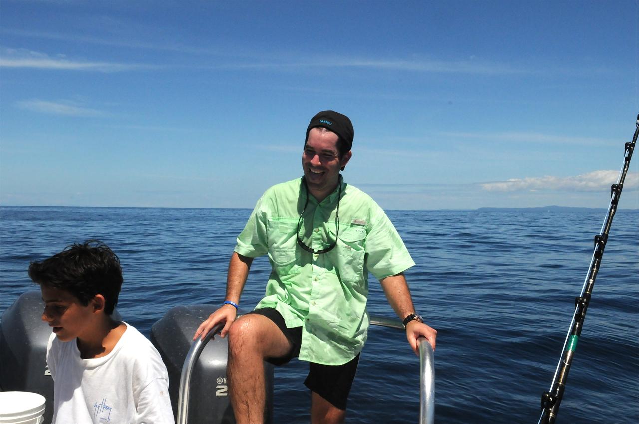Record 348 lbs yellowfin tuna in panama charter fishing for Atlantic beach nc fishing report